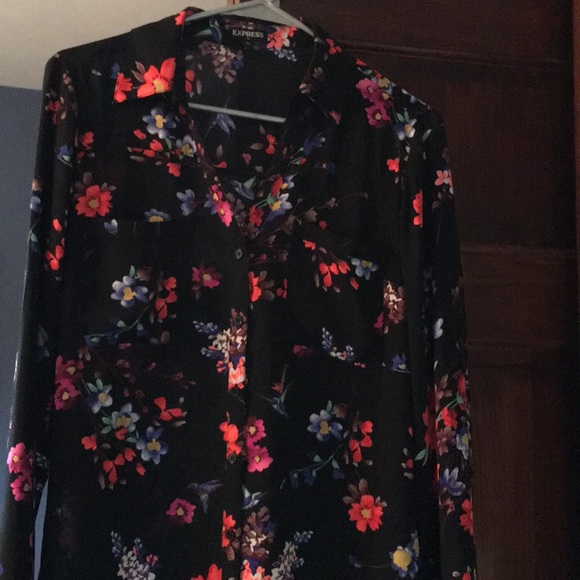 Express Tops - Express Button down Top with flower designs